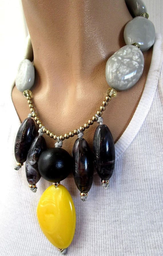 Crazy Cool Retro Faux Marble Stone Modern Art Lucite On Chain Statement Necklace