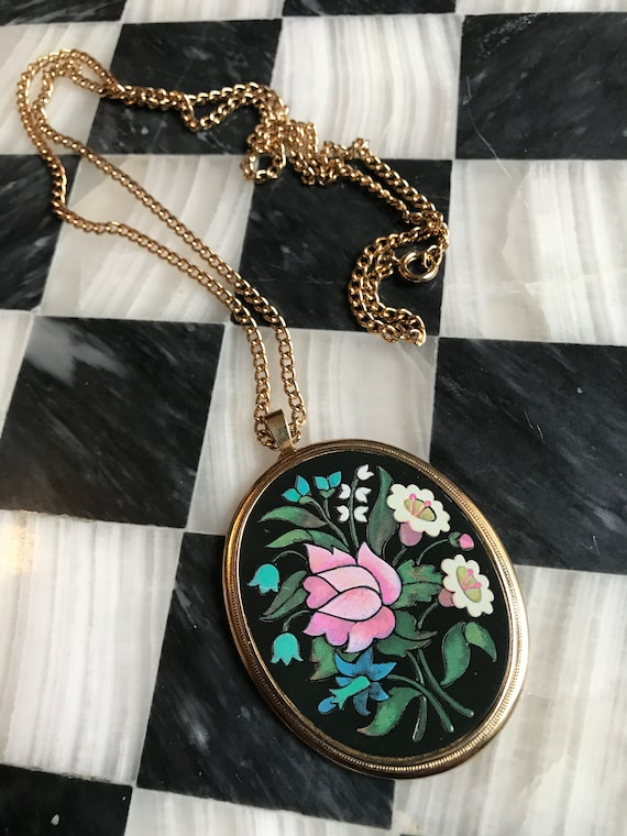 signed AVON Mid Century Big Navy Pink White & Aqua flowered matte Enamel fronted Goldtone Pendant Necklace