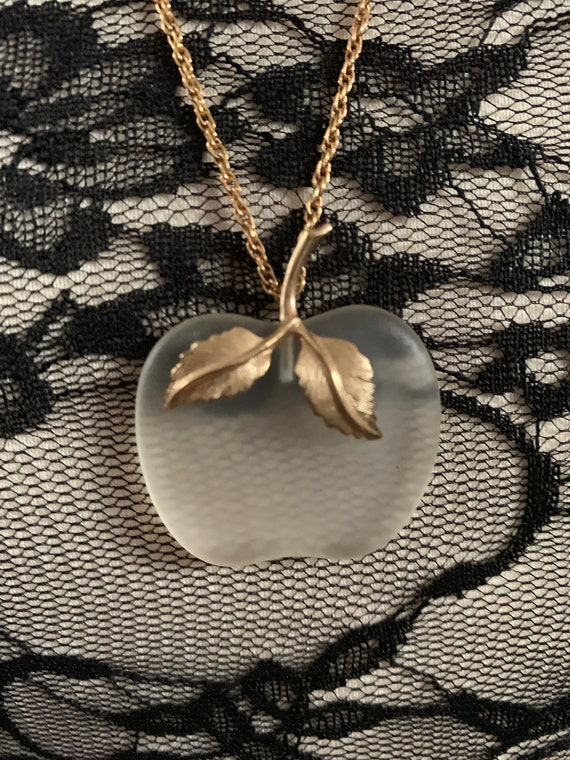 """Vintage AVON forbidden Fruit Necklace, Frosted Glass Seaglass Style Apple Pendant , Original signed 27""""long Goldtone ChainP"""