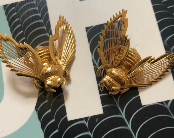 Matching Set of Gold Bumble Bee Pins Signed Monet Vintage Jewelry, now trending Unisex Lapel Pins