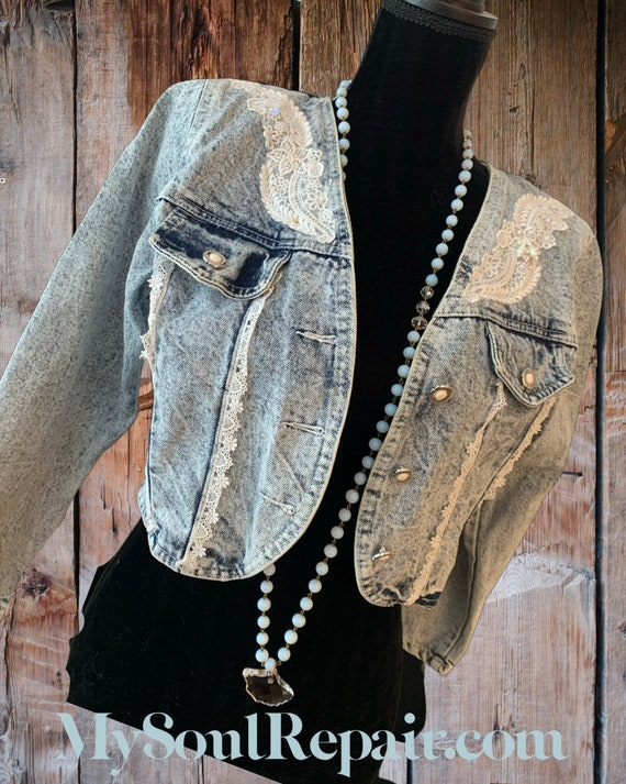 Vintage Acid Wash Denim Jacket, Trendy Bolero with White Lace and Shoulder Pads, 80s Fashion Material Girl, Valley Girl
