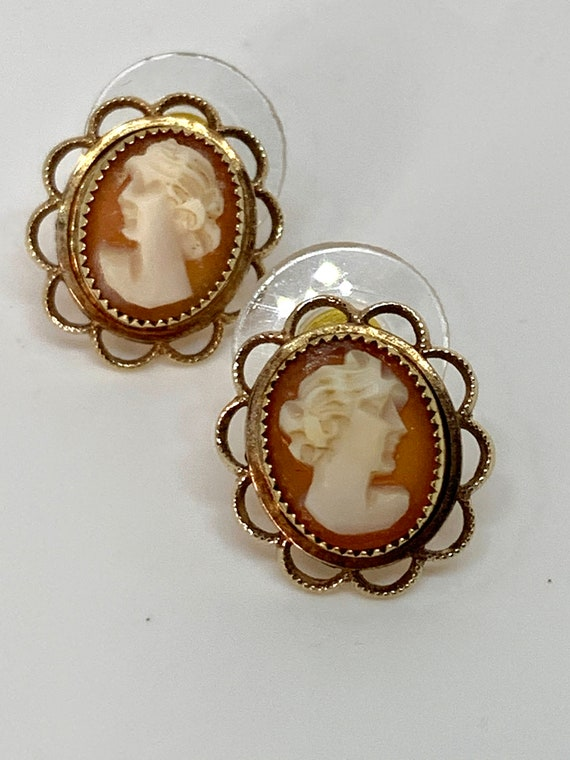 Vintage Cameo Earrings, Mid Century Romantic Victorian Revival 70s Lady Cameo in Ornate Dainty Studs