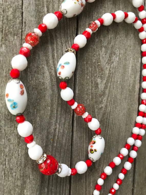 Romantic Mid Century Red & White Floral Art Glass Beaded Necklace Gift for Sweetheart