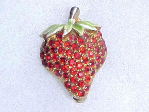 Vintage Signed JJ Jonetta Figural Red Pave Rhinestones Strawberry Scatter Pin Super Cute