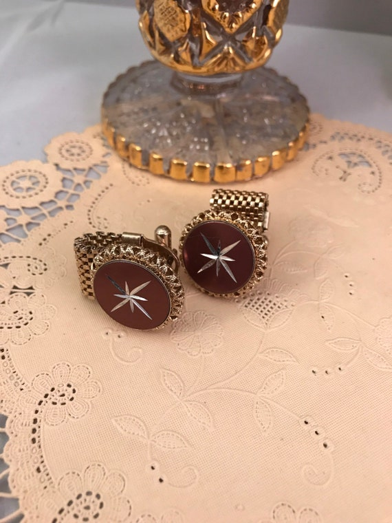 Cool Design Mid Century  Starburt Red Aluminum & Gold Tone Regal Maroon and Mesh Cufflinks, Awesome Valentines Day Gift or Date Night Bling