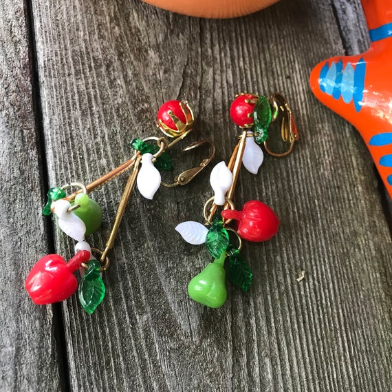 Darling Vintage Fruit Salad Earrings Of Apples & Pears Signed Hong Kong Red White Green so Cute!