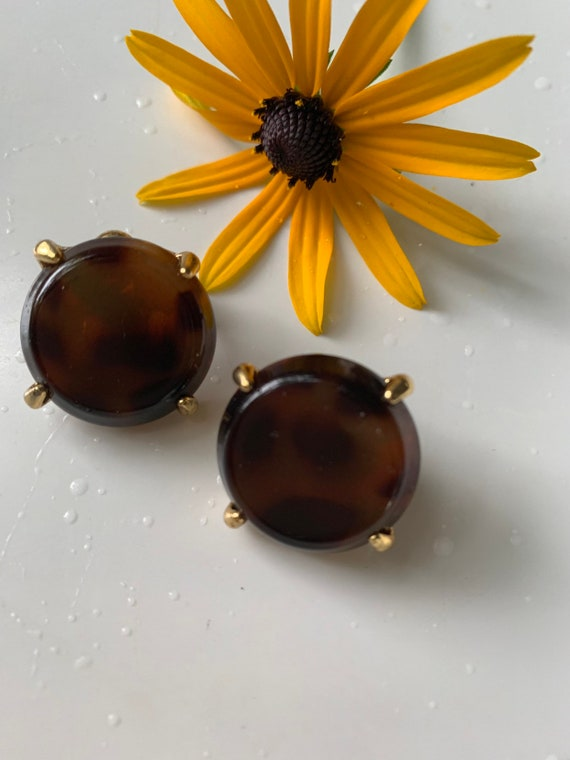 Vintage Leopard Lucite & Gold Tone Clip On Earrings
