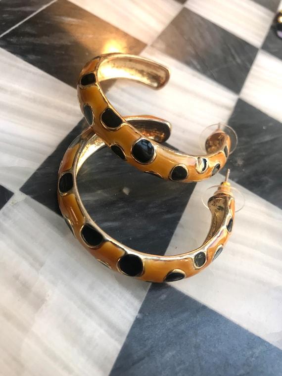 Fierce Cheetah Leopard Spotted Big Bold 90s Glam Enamel Hoop Earrings, High End Glamour Jewelry, Pretty Woman Beverly Hills style Bling