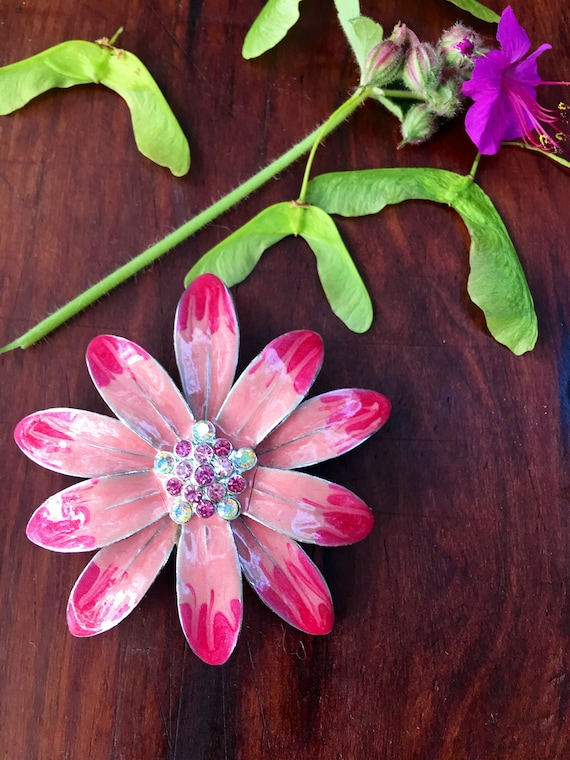 Vintage Enamel & Rhinestone Vibrantly Colorful Pink Petaled Flowered Silvertone Brooch