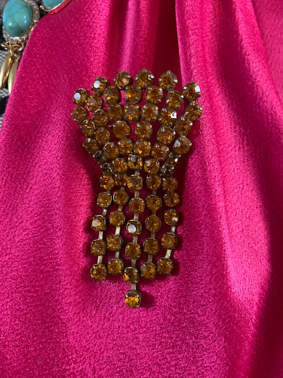 An Old Regal Amber Rhinestone Crested Dangle Unisex Lapel Pin, Trending Gothic Fashion Accessory
