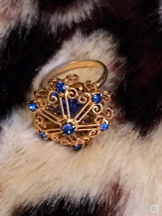 Vintage Filigree Dome Cocktail Ring with Sparkling Cobalt Blue Rhinestones, Adjustable Mid Century Costume Jewelry Statement Ring