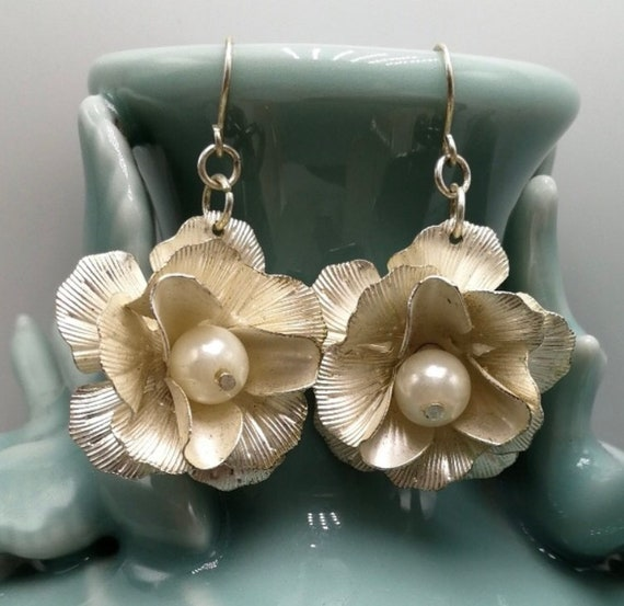 Pretty Silver 3D Flower Dangles with Pearl Center, Beautiful Feminine Floral Earrings