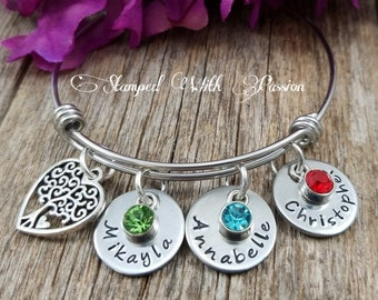Christmas gift for Mom, Mother's Personalized Bracelet with kids names, Personalized Bangle Bracelet with charms