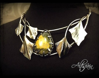 """Stainless steel necklace """"Story of them: the Bucolicl"""" Bumblebee Jasper stone and ivy leaf elvish victorian"""