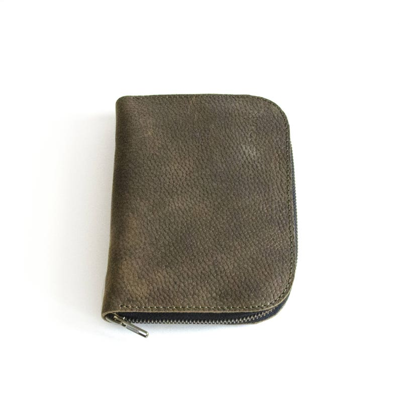 POUCH MATA handmade of olive textured leather ideal to store image 0