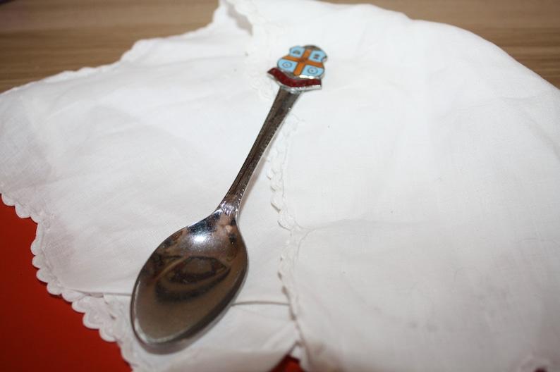 Vintage Aylesbury Souvenir Spoon sheffield england.