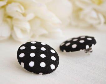Button earrings - Black and white stud earrings - Polka dotted earrings