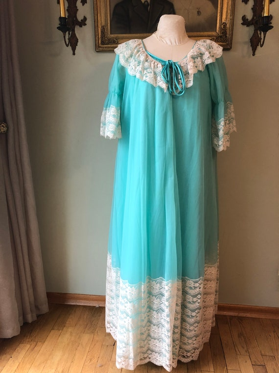 1960s/ 1970s VintageTurquoise Chiffon Nightgown Pe