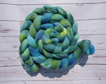 Turquoise Rambouillet - Hand Dyed Wool Roving (Top) - 100g