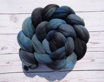 Storm Grey Rambouillet - Hand Dyed Wool Roving (Top) - 100g