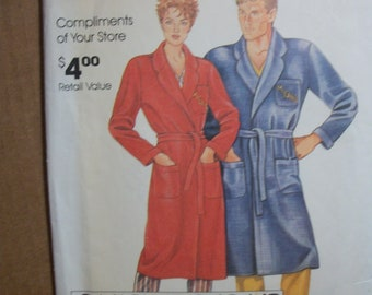1014f665b4 McCall 0011 Misses and Men s Robe