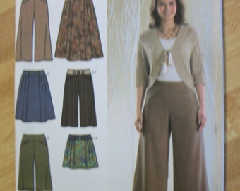 Simplicity 3961 Misses (Size H5 6,8,10,12,14) skirt in three lengths, gauchos in two lengths and belt