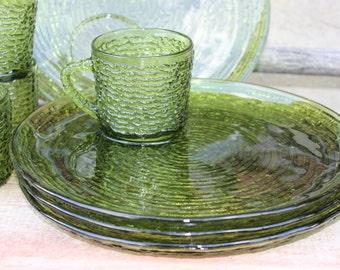 4 Colonial Lady Bullseye glass snack sets Mid century glass | Etsy