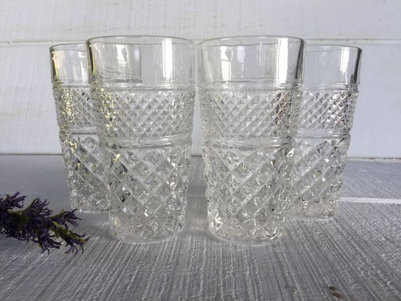 George JG Smith Glenlivet Whiskey Glass Clear Ice Effect Base Logo Scotch