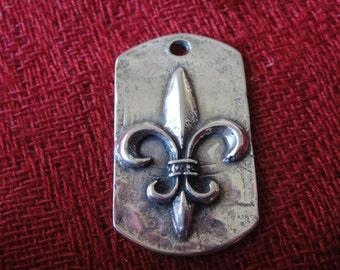 925 Sterling Silver Oxidized Fleur De Lis pendant, Fleur De Lis  Dog Tag, pendant, sterling silver square pendant