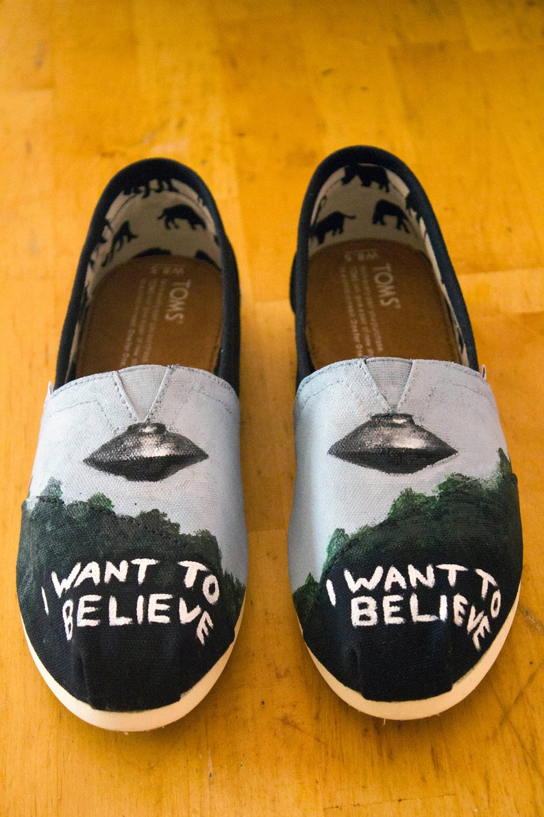 X-Files TOMS Shoes | Etsy