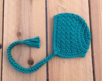 Crochet bonnet, crochet baby bonnet, baby bonnet, newborn photography prop