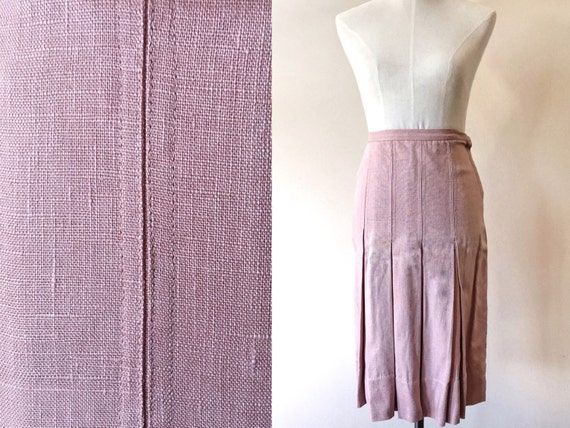 Vintage pleated skirt // vintage dusty pink skirt