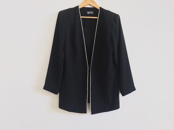 Vintage black blazer // vintage statement jacket /