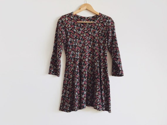 Vintage 90s mini dress // ditsy floral dress // wi