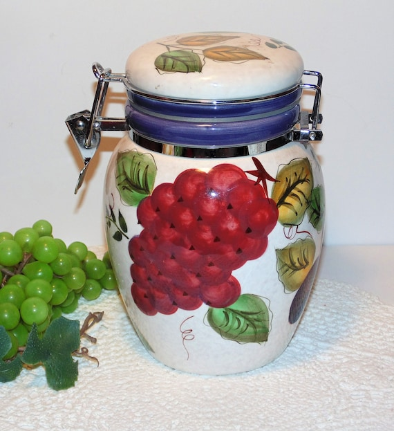 Vintage Fruit Canister by Oneida, Tuscan Kitchen Container, Hand Painted  Fruit Pattern, Hinged and Locking Latch Lid, Ceramic Storage Jar