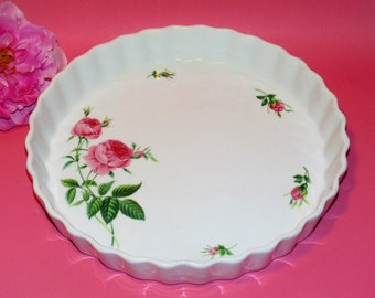 Vintage Christineholm Tart or Quiche Pan, Porcelain Fluted Baking Dish, Pretty Casserole Baker, White With Pink Roses, 9.5 Inch Baking Pan