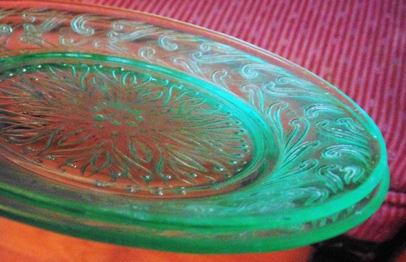 Scrolled Pattern Rim Green Depression Glass Flower Motif Dessert Plates 2 US Glass Bread and Butter Plates Vintage Dinnerware