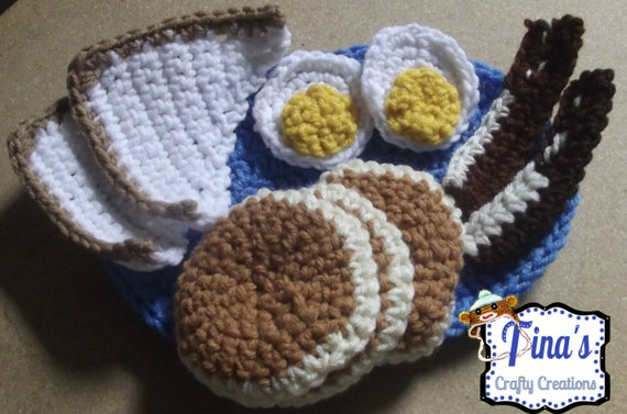 Petit déjeuner au crochet, Crochet alimentaire, peluches, crêpes, Bacon, oeufs, Toast, repas au Crochet, jeu alimentaire, alimentaire fait à la main, Fun Food, Food & plaque