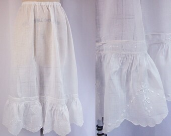 Edwardian Petticoat ~ c1915 Handkerchief Linen Underskirt w Arts & Crafts Embroidered Flounce ~ Scallops ~ Wearable As Is Condition ~ S/M