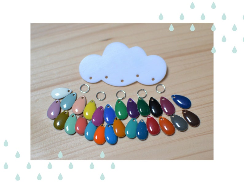 Cloud-shaped pin jewelry and customizable multicolored drops image 0
