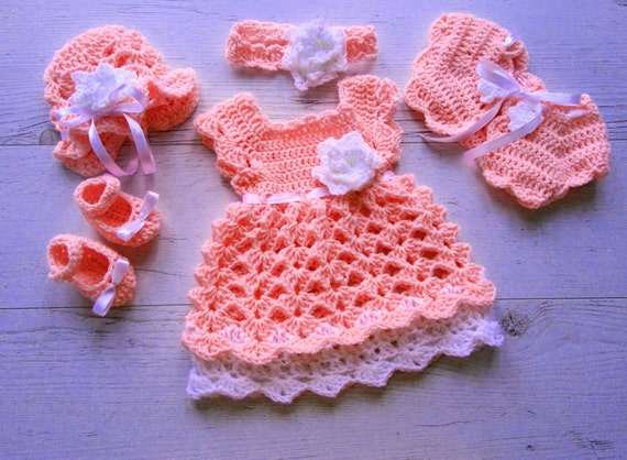 ac22e89086160 Newborn Take Home Outfit Baby Girl Coming Home Outfit in Peach Baby Shower  Gift, Bringing Baby Home Outfit