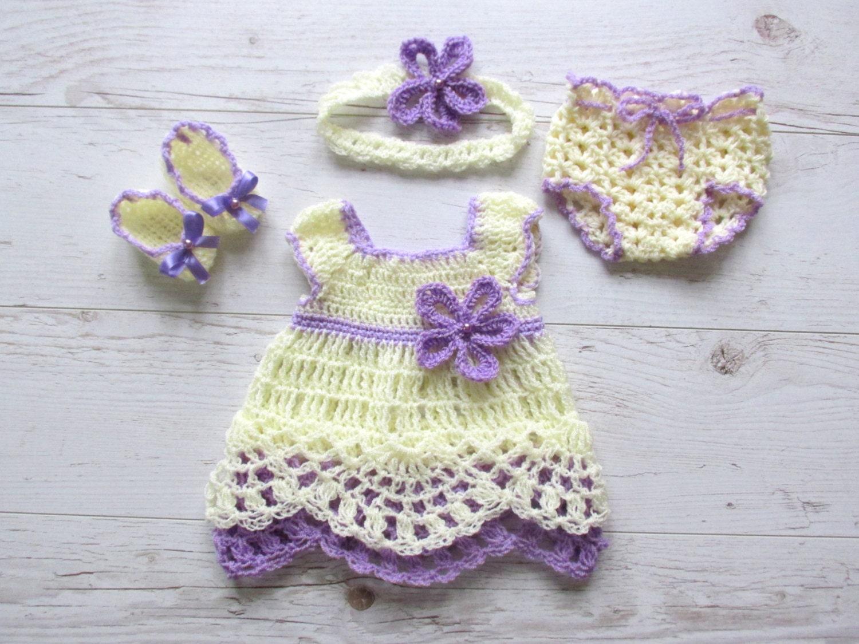 Crochet el traje de chica de bebé en vestido del bebé púrpura | Etsy