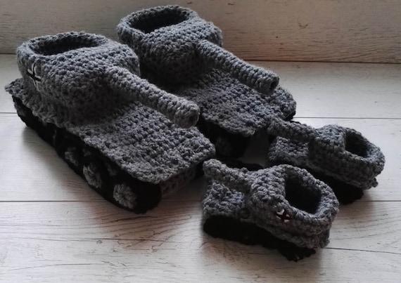 Vater Sohn Panzer Hausschuhe, häkeln Tank Hausschuhe,, Vater Sohn, Papa Baby, Mann, panzer Tank Schuhe, Tiger 1 Panzer Hausschuhe für ihn