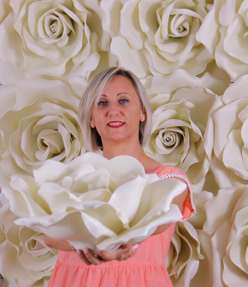 Parete Fiori giganti    Rose giganti Isolon per allestimento image 0
