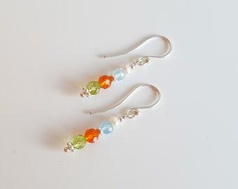 Gemstone earrings made of aquamarine, carnelian, peridot, freshwater pearls and 925 sterling silver beaded earrings