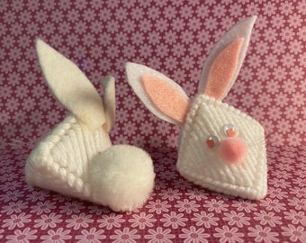 Plastic Canvas Easter Bunny Squeeze-Ums