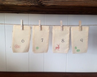 Christmas Advent Calendar Muslin Bag Favor Gift Hand Stamped Party Favor Vintage Numbers Holiday Decor Cloth Bags Glitter Clothespins Count