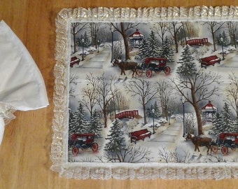 12 piece (4) Winter Park place mats or place settings with (4)Napkins and (4)Napkin Rings
