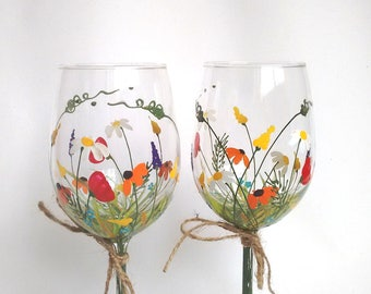 "Wine Glasses,Hand Painted Wine Glasses,Keepsake,Gift Idea,Christmas Gift,Gift for Mom, Gift for Her -- ""Bouquet of wildflowers"" -- Set of 2"