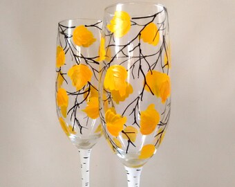 Fall Champagne Glasses, Fall Wedding, Fall Wedding Toasting Glasses,Fall Wedding Flutes, Bride and room Flutes Hand Painted Glasses Set of 2